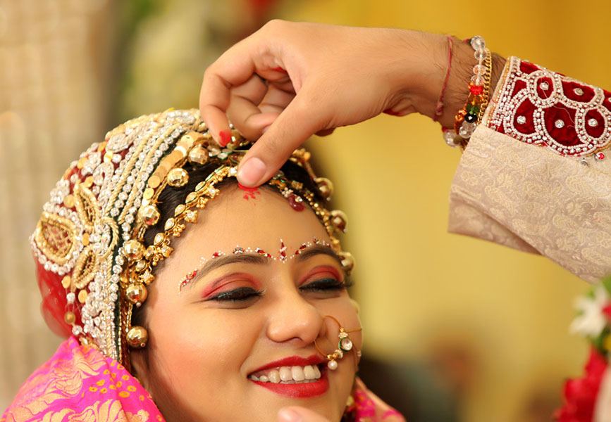 SINDOOR – Indicates the Nuptial Status of Indian Hindu Woman | SRKPRO